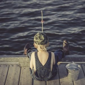 10 Awesome Ideas and Tips for Fishing with Kids – Parents Guide